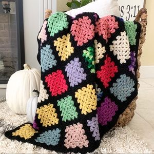Vintage Hand Crochet Granny Square Afghan / Throw